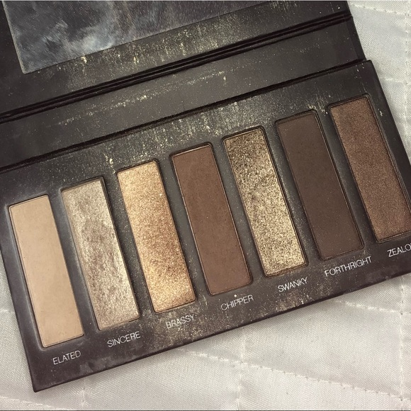 Younique Makeup Eyeshadow Palette 1 Poshmark